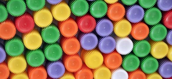 Prendre le temps - Tableau coloré en bouchons de compote